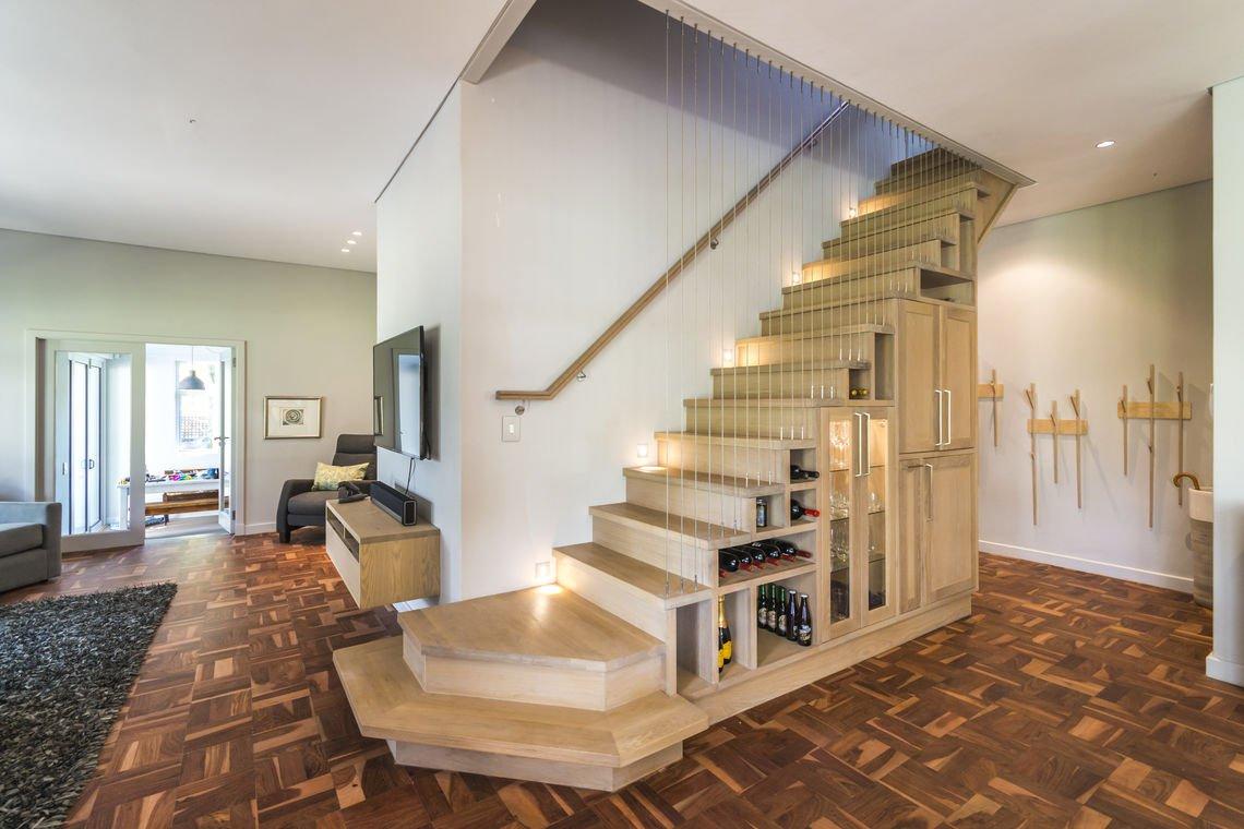 Minibar oak staircase 3